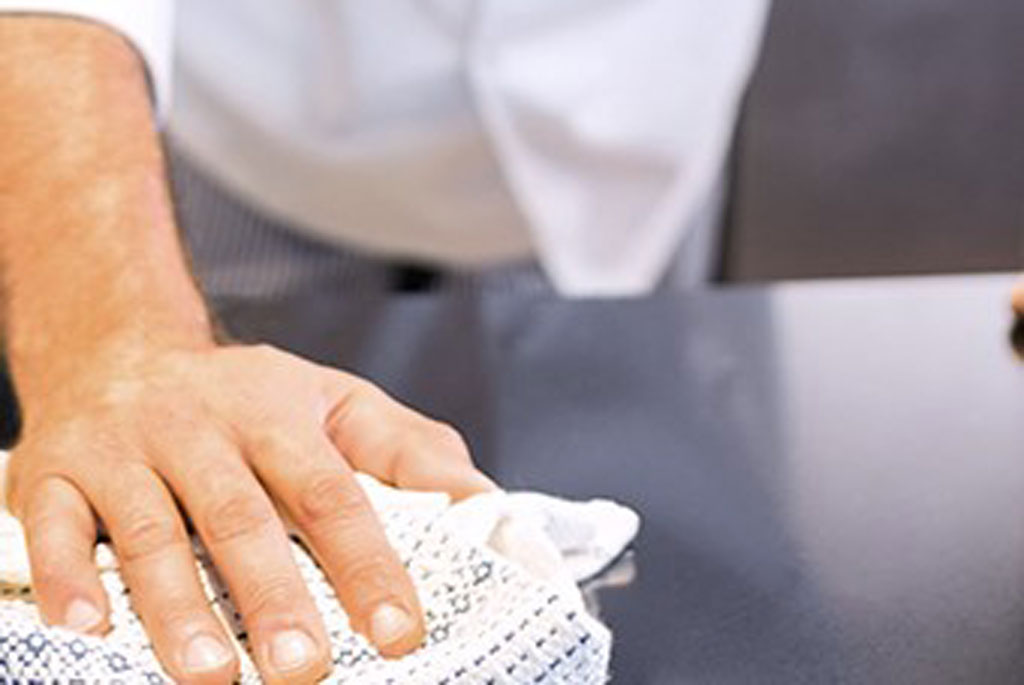 Antimicrobials_waiter-wiping-table